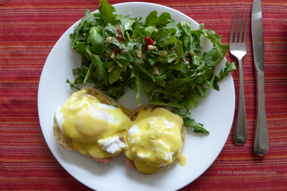 eggs-benny-plated