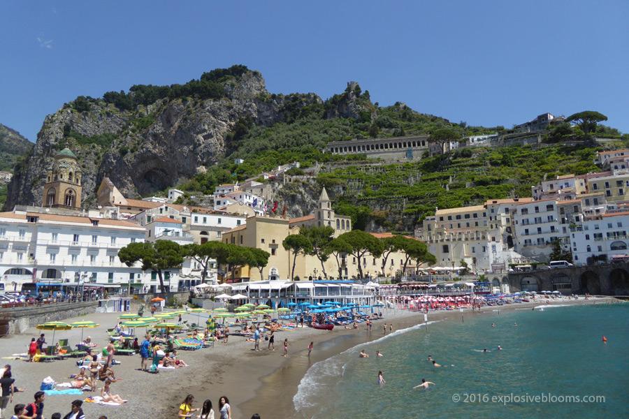 amalfi-beach